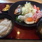ジョイフル - 料理写真:幕の内朝食=490円 税別