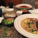 49563375 - ほうれん草と卵のスパゲッチィ