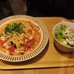 ココノハ - 鶏そぼろとなすの味噌トマトパスタランチセット