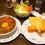 重亭 - ハイシビーフ、トースト、野菜サラダ