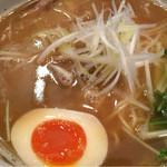 麺匠 たか松 - 煮卵はデフォ