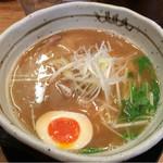 麺匠 たか松 - 煮干し薫るラーメン(680円)