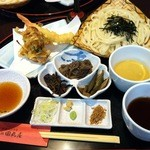 田丸屋 - 布袋様福膳 二色つゆ(胡麻・醤油)*小鉢は日替わり