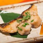 仁松庵 - 焼き物はさわらでした。これ抜群に美味しかったです。