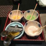 sushinihonryourisawada - 天ぷらは藻塩、抹茶塩、カレー塩、レモン、天つゆで