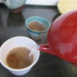 しらかめ - 蕎麦湯はとろみが加えられてるが美味い(2016/4)