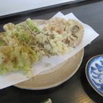 しらかめ - 「山菜天ぷら」(2016/4)