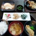 小鍋居酒屋 三二五 - 日替定食 700円 (コーヒー付)