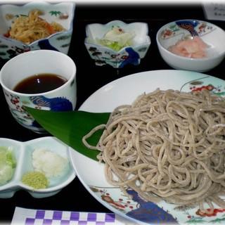 千寿庵 - 料理写真:H28年4月 寒ざらしそば(細打ち)