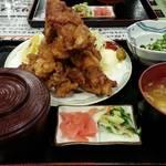 みどり食堂 - 唐揚げ定食 900円 ボリューム!!