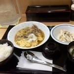 下町食堂中村橋 - 豚肉と長ねぎの卵とじ定食