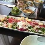 市場小路 - 水菜のシーザーサラダ