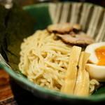 麺や 璃宮 - 2016.4 麺は浅草開化楼の太麺