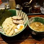 麺や 璃宮 - 2016.4 全部入りつけめん(1,130円)麺量300g