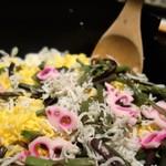 ざうお - シラスと山菜のチラシ寿司