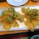 魚いち - ふきのとうと菜の花のかき揚げ¥690