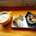 ブロッケン カフェ&フィールド - 料理写真: