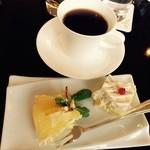 レストラン&バー「SKY J」 JRタワーホテル日航札幌 - ブルーチーズケーキ美味しい♪