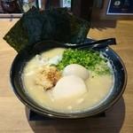 鶏専門 らーめん銀 - 2016年3月 こってりの白湯 豪華4点盛 1000円