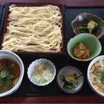藍屋 - 料理写真:豚肉つけ汁うどん定食¥1,069