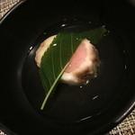 49617406 - ディナー土日祝日(6,300円)の『鯛の桜道明寺蒸し』2016年3月