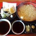 広もと - 料理写真:天ぷら釜上うどん(並) 1380円 + 麺大盛り 250円