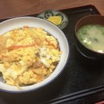 源来軒 - カツ丼(750円)