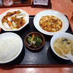 佳仙 - 料理写真:「サービス定食(麻婆豆腐・すぶた)」750円
