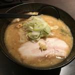 らー麺 とぐち - 白味噌ラーメン780円