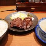 味の牛たん 喜助 - 牛タン厚焼定食