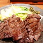 味の牛たん 喜助 - 牛タン厚焼