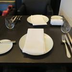 東洋軒 - 28年4月 テーブルセッティング