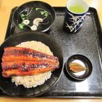 49626725 - うなぎ丼(並)。1550円税抜