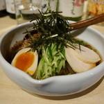 旅籠 - 米粉麺