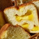 ラ・フーガス - ゴーダチーズがたっぷりの「チーズブレッド」