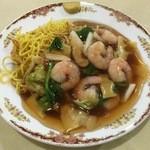 中華ハウス チェリオ - 海老入りあんかけ焼きそば醤油、720円です。