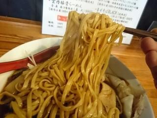 麺匠 中うえ  - 麺リフト