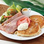 Hawaiian Pancake Factory - ベーコン・レタス・トマト