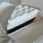 TED'S Bakery   - チョコレートハウピアクリームパイ