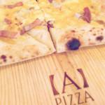 APIZZA - ポリチーニとパンチェッタのホワイトピッツァ