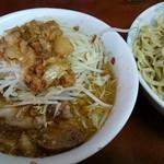 49662503 - 小つけ麺(野菜・アブラ)
