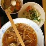 美華 - ラーメン+中華丼