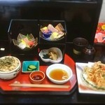 秋田屋 - 花見弁当1250円