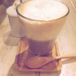 アインソフ ソア - 穀物コーヒーソイラテ