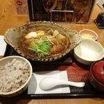 大戸屋 - 2016年3月 四元豚ロースの味噌かつ定食 997円