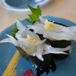 栄助寿し - 旬の白魚がまた美味い