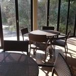 49677867 - (2016/2月)屋内のカフェスペース