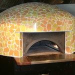 PIZZERIA IMOLA - イモラのピザ窯 存在感あります