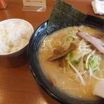 49683218 - おやじ麺800円+ライス小120円