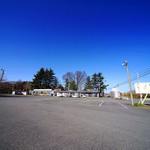 ドライブイン七輿 - 駐車場も広いドライブイン七輿。